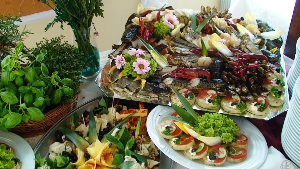 Menu stół rybny